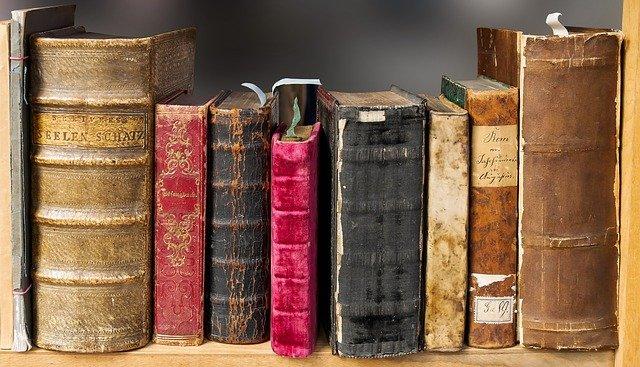 ¿Estás buscando qué leer? María Dueñas tiene algo para ti